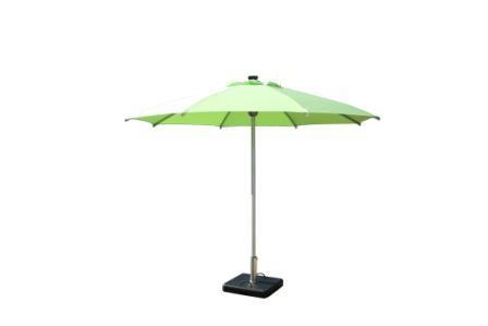 Технологичный зонтик-аккумулятор
