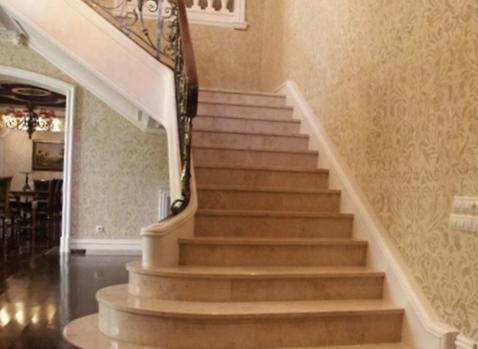 Великолепные лестницы из мрамора